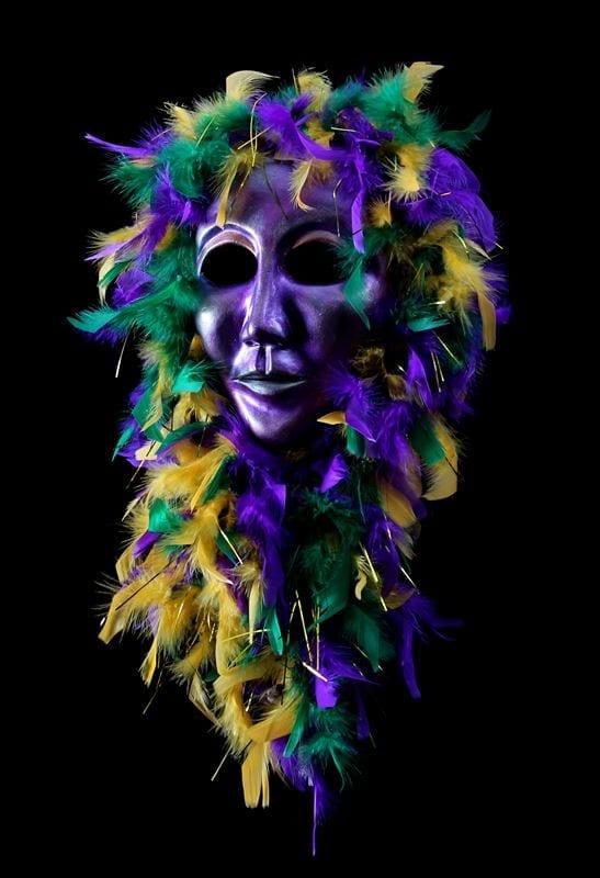Purple Volto Mardi Gras Mask