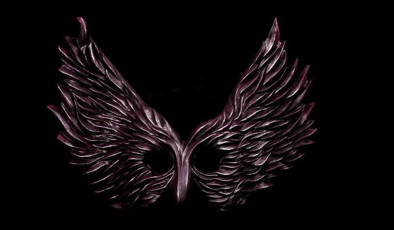 Winged Glory Mask, Black