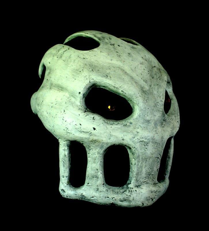 Splatterhouse Mask, Right Side View